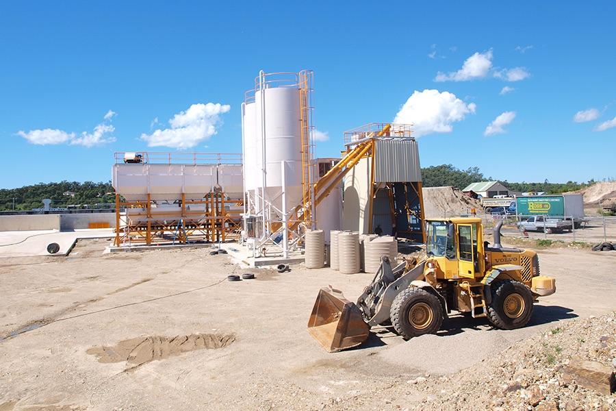Cement Batch Plant : Nichi buffalo mixer